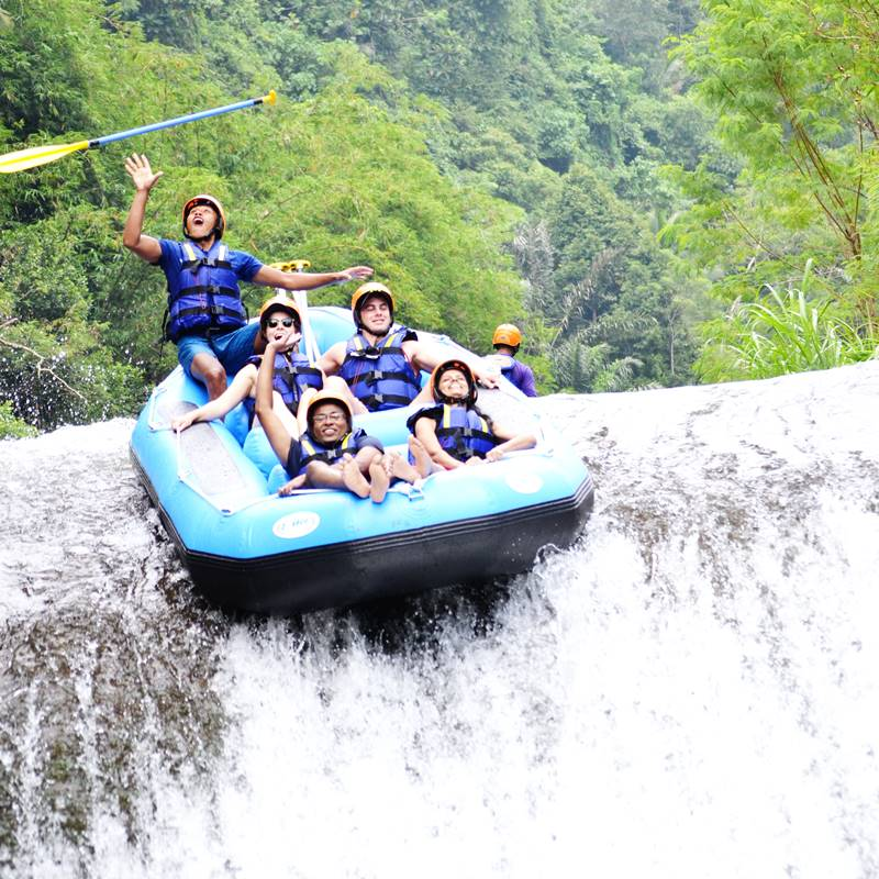 Get Yourself Thrilled in Telaga Waja Rafting Bali 1