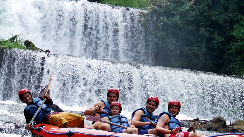 White Water Rafting in Bali at Telaga Waja River: 5 Info You Need To Know 2