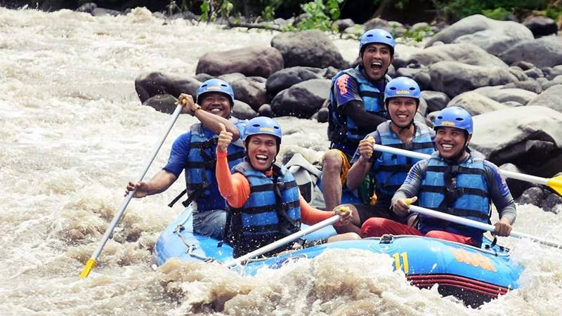 Best Places for White Water Rafting in Bali – Check them 1